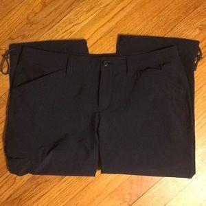 Eddie Bauer 5 pocket cropped hiking pants - size 8